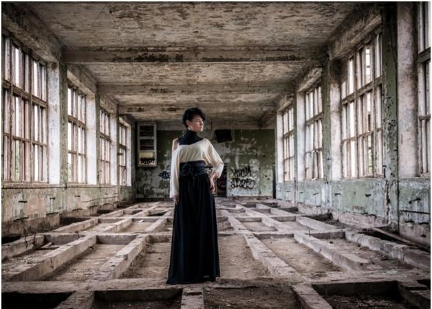 Портрет в заброшенном здании